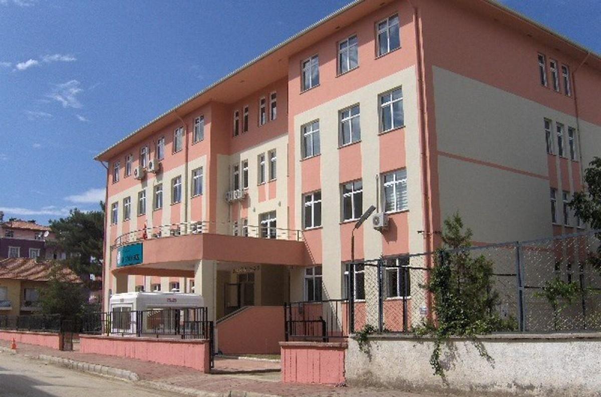 Erbaa İlçe Halk Eğitim Merkezi Hizmet Binası
